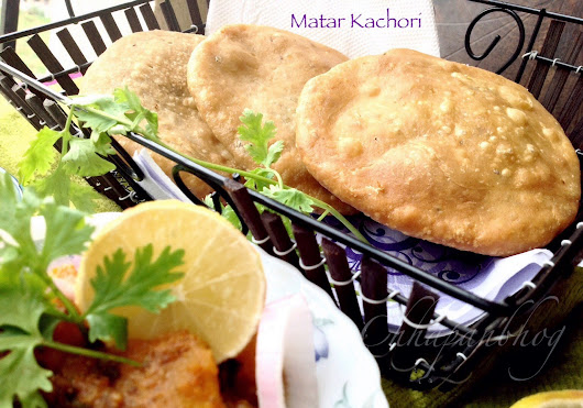 Peas Kachoris/Green Peas Stuffed Indian Fried Flat Bread