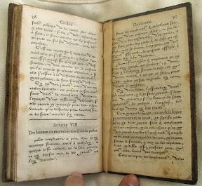 Artículo VIII títulos y una anotación en letra romana, el resto en Caracteres de Civilité