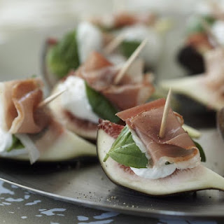 Figs with Goat Cheese and Prosciutto.