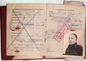 Soldier's service and pay book. Het dienstboekje van Antonius van Weersel.