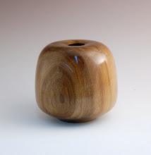 Photo: Eliot Feldman - Hollow Form - Walnut