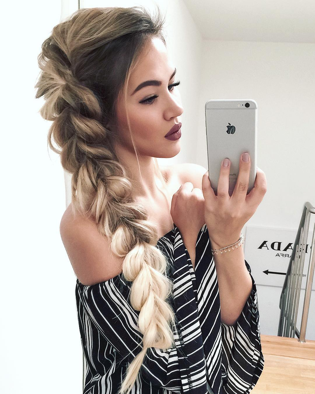 FABULOUS PARTY HAIR STYLES FOR ATTRACTIVE LADIES THROUGH HOLIDAYS 5