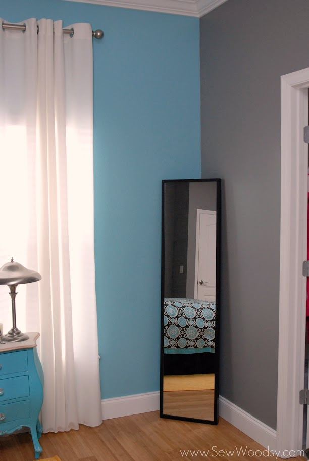 ... mirror looked like. Plain old Ikea STAVE mirror waiting to be jazzed