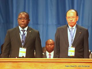 De gauche à droite; Aubin Minaku, Président de l'assemblée nationale congolaise et Léon Kengo Wa Dongo, président du Senat le 7/09/2013 à Kinshasa, lors de l'ouverture de concertations nationales par le Président Joseph Kabila. Radio Okapi/Ph. John Bompengo