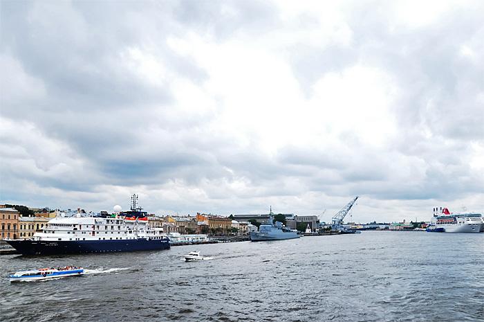 FerryHelsinki01.JPG