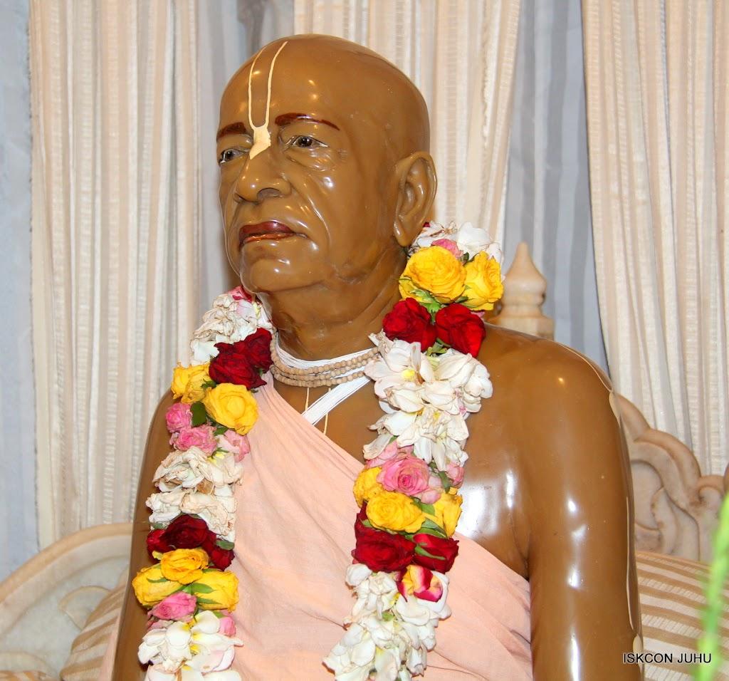 ISKCON Juhu Mangal Deity Darshan on 26th June 2016 (2)