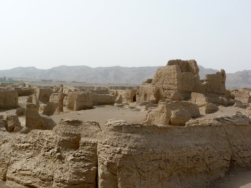 XINJIANG.  Turpan. Ancient city of Jiaohe, Flaming Mountains, Karez, Bezelik Thousand Budda caves - P1270810.JPG