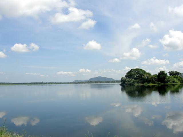 Tissa-Lake-1