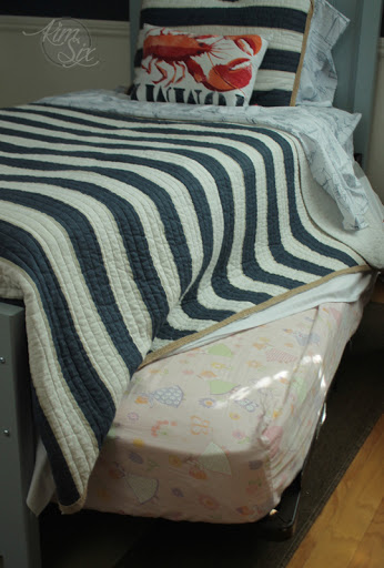 Simple Pull out trundle under DIY twin bed