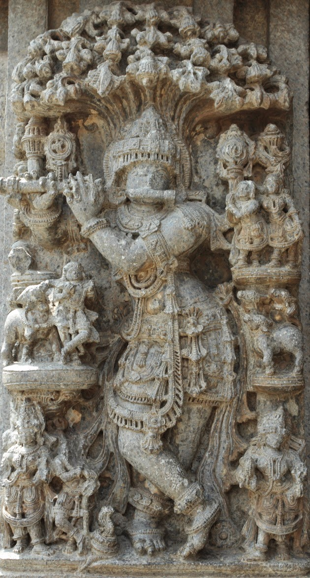 Statue of Venugopal (Krishna) at the Keshava Temple of Somnathpur