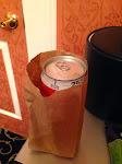 In einer braunen Papiertüte ist Bier legal? :-)