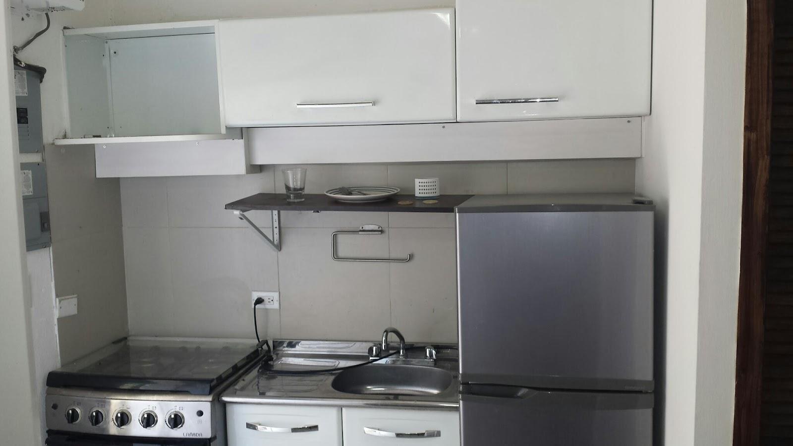 Studio meubl reimbold bourdon le courtier immobilier for Meuble casami haiti