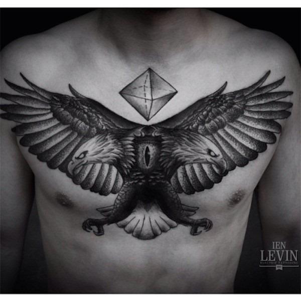 efeito_de_espelho_tatuagem_no_peito_para_homens