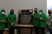 Ketua Persit KCK Koorcab Rem 064 PD III/Siliwangi Sambut Kedatangan Ketua Umum Persit