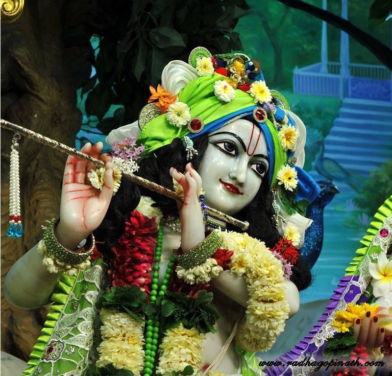 ISKCON Chowpatty Deity Darshan 15 Mar 2016 (22)