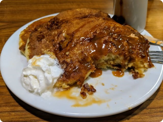 pancakes with dulce de leche