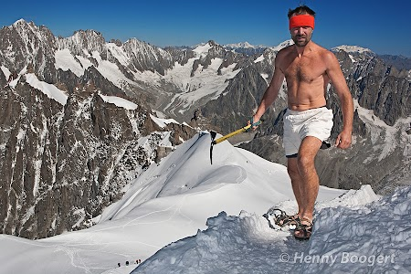 Wim Hof training at the Mont Blanc.