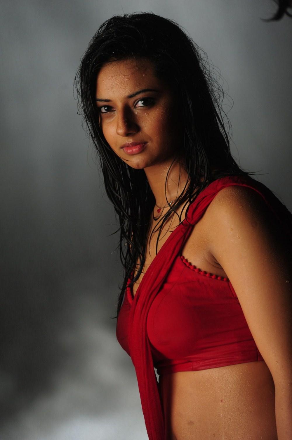 For women fuck in wet saree