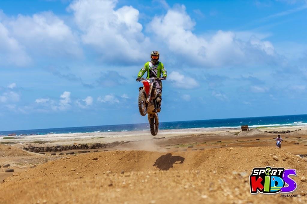 extreme motorcross Aruba - moto%2Bcross%2BGrape%2Bfiled%2BApril%2B2015-55.jpg