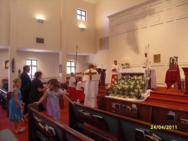4.24.2011. Msza Wielkanocna z procesją. Zdjęcia B. Kołodyński i E. Gürtler-Krawczyńska. - SDC12523.JPG