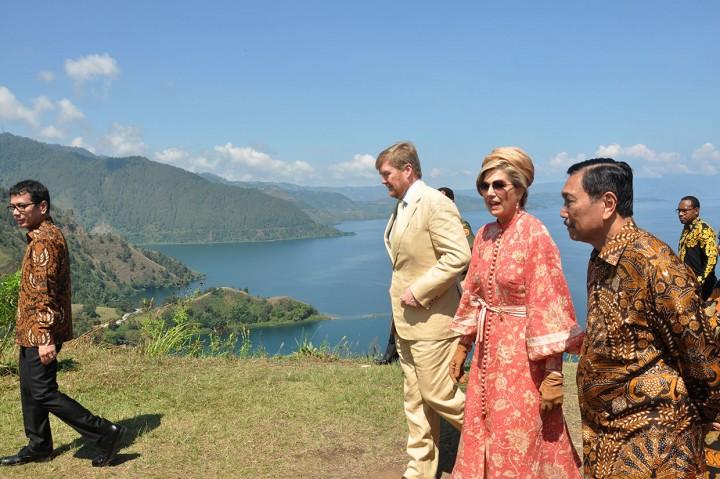 Raja dan Ratu Belanda Bertemu 2 Menteri Indonesia yang Akan Dites Corona