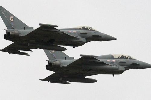 Tiem kich Su30MKI An Do thang ap dao Typhoon cua Anh  anh 2