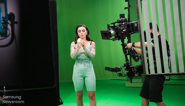 Pengalaman Pembikinan Video Galaxy Buds2 Bersama Charli XCX Dan Rahsia Di Sebalik Fine-tuned Equalizer