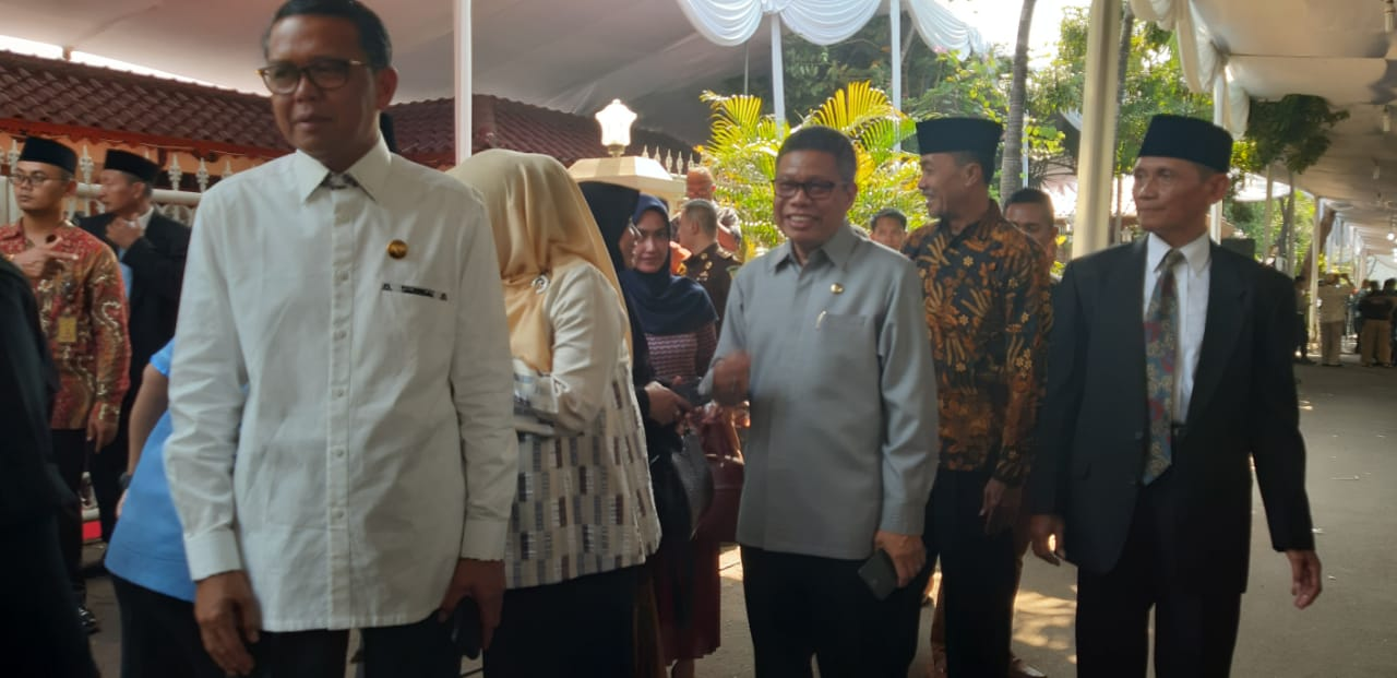 Gubernur Sulsel Melayat ke Rumah Duka Almarhum B.J Habibie