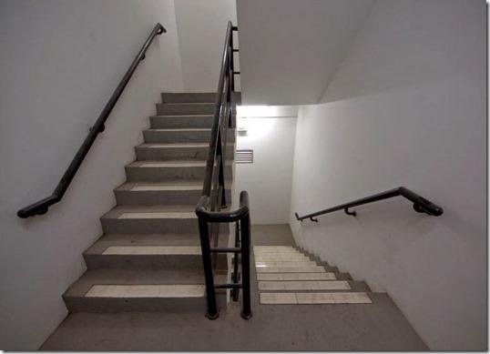 Hasil carian imej untuk tangga bangunan