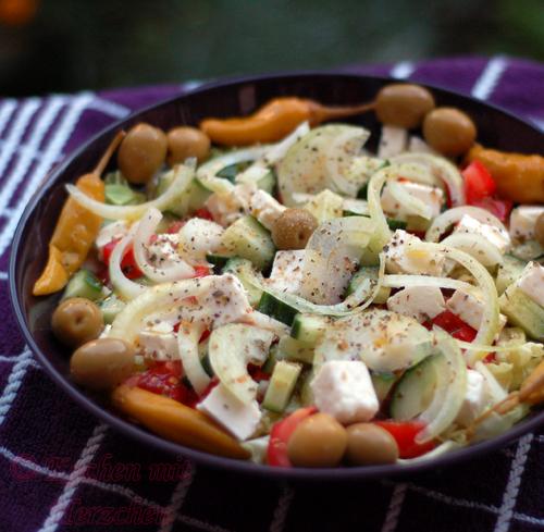 Griechischer Bauernsalat/Choriatiki salata