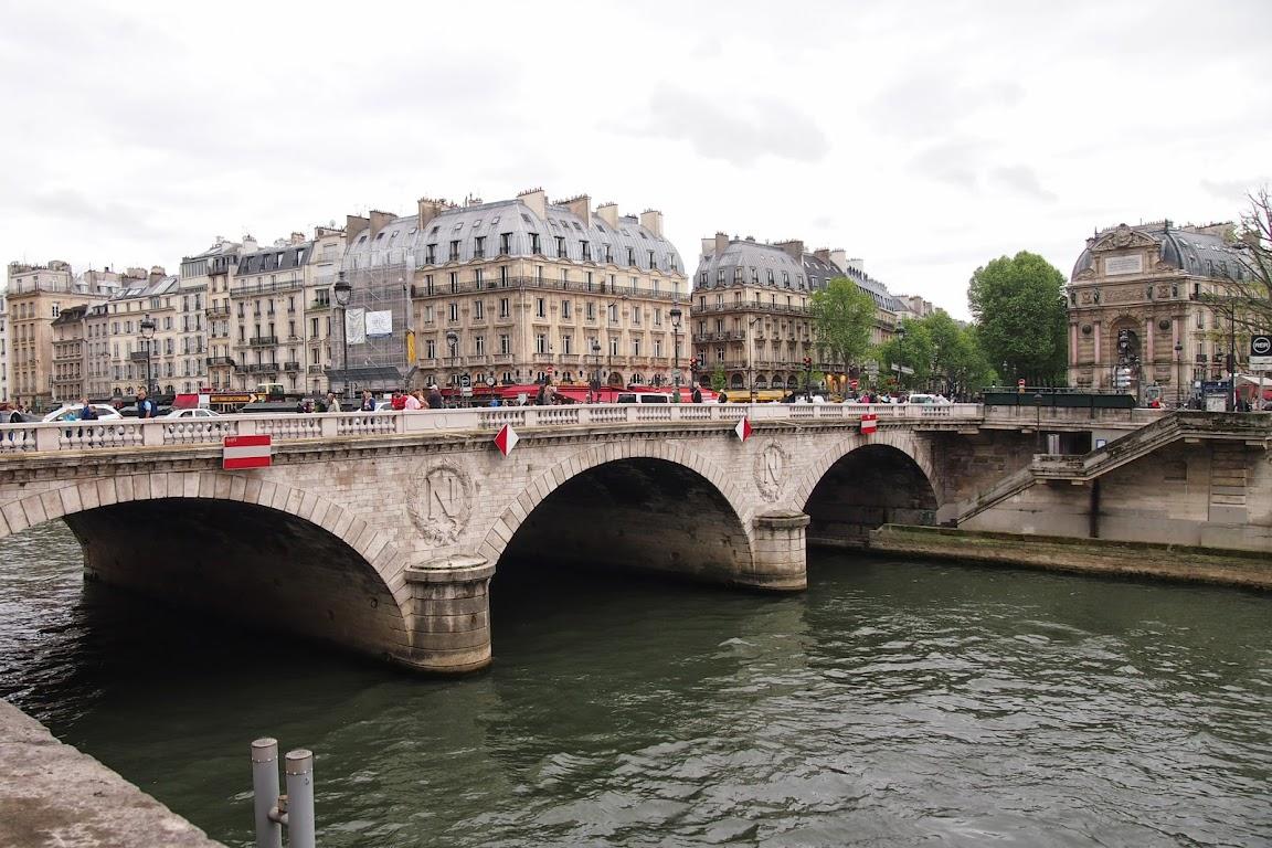 パリ ランチ