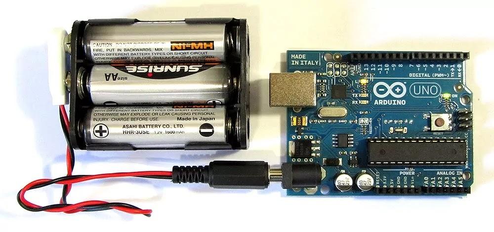 Arduino Battery Powering
