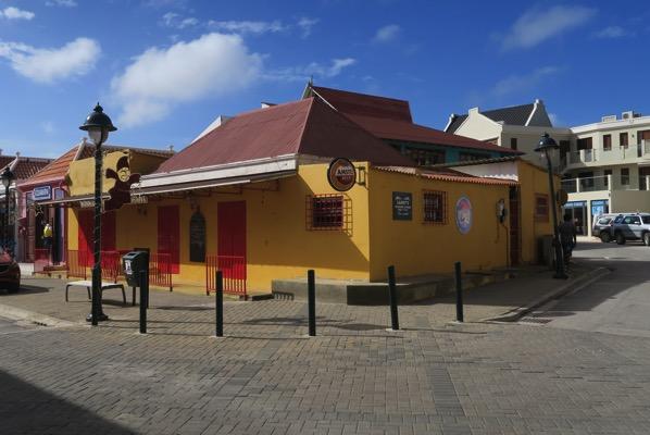Bonaire Highstreet 002