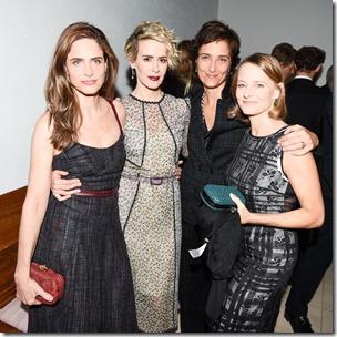 Amanda Peet, Sarah Paulson, Alexandra Hedison, Jodie Foster, (wearing Bottega Veneta)