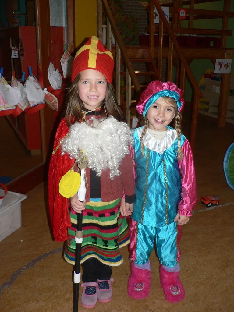 Sinterklaas op bezoek - P1270284.JPG
