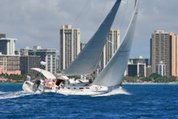 J/160 Hana Hou sailng off Waikiki, Honolulu, Hawaii