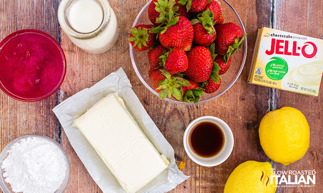 strawberry cheesecake salad ingredients