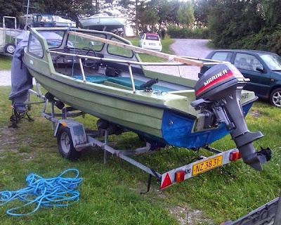 Efterlysning af stjålet båd og trailer