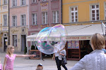 Massive bubble from a busker!