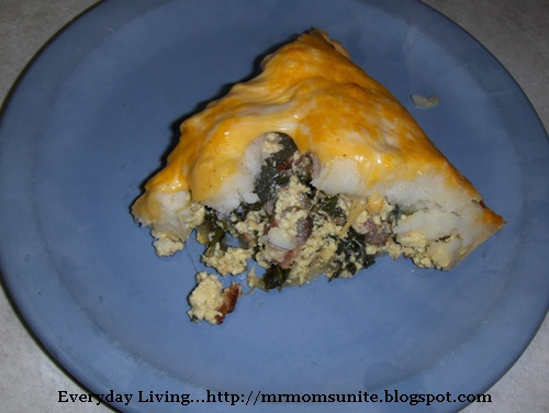 photo of the scrambled eggs with bacon, sausage,spinach, and feta cheese as a pie