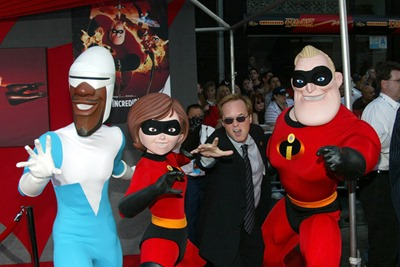 Disney Premiere Incredibles Arrivals EohY5Z2fDqEl