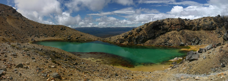 Lower Emerald Lake panorama