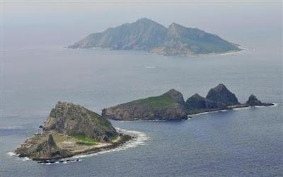 沖縄県石垣市議会、尖閣諸島を「国に購入を求める意見書」を賛成多数で可決
