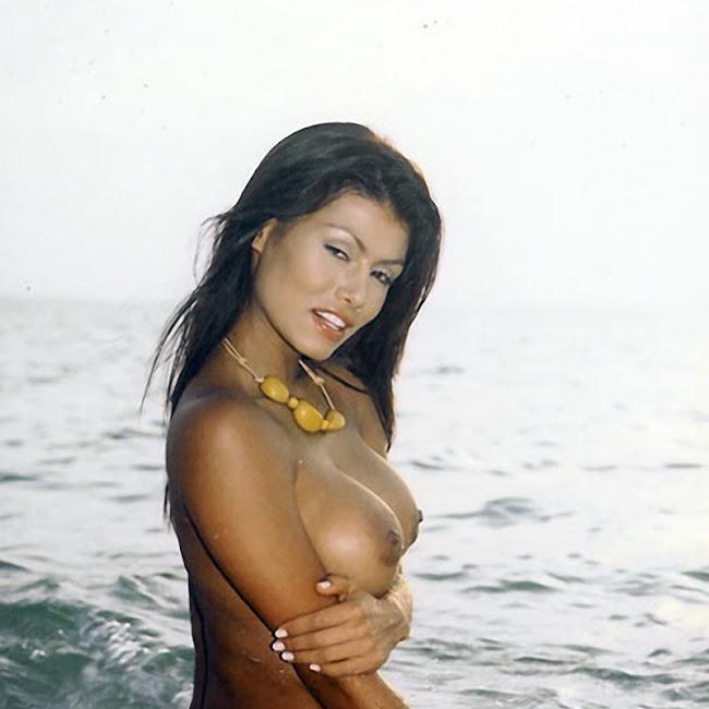 Renata Gonzalez Foto 54