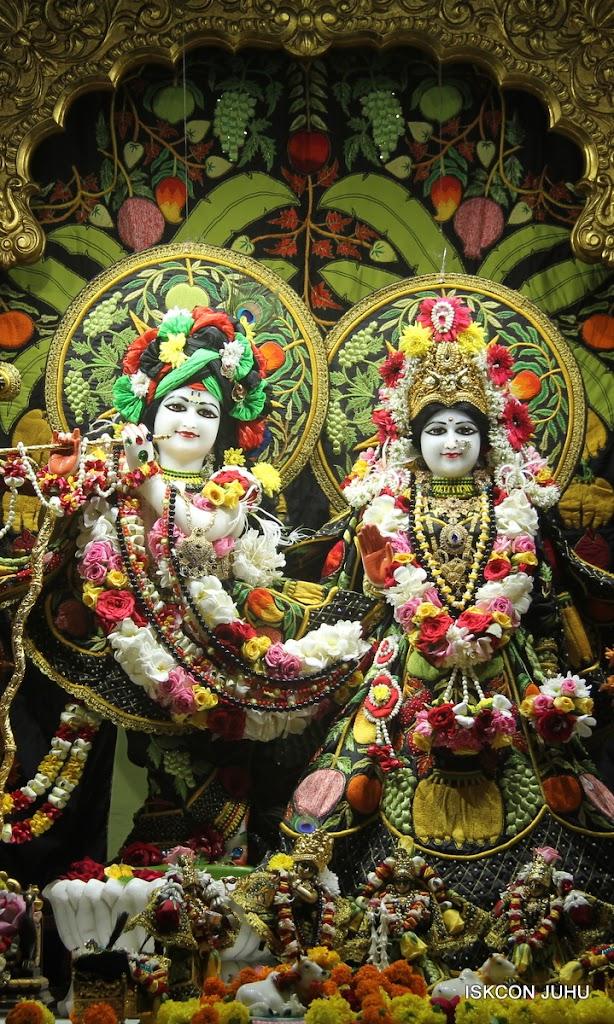 ISKCON Juhu Sringar Deity Darshan on 2nd July 2016 (1)