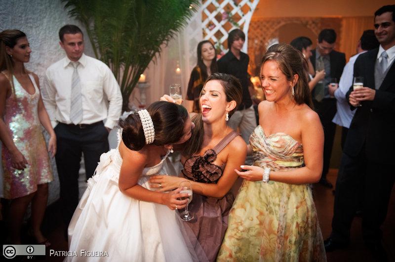 Foto de casamento 2475 de Nathalia e Fernando. Marcações: 04/12/2010, Casamento Nathalia e Fernando, Niteroi.