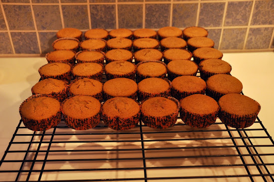 cupcakes cooling