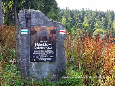 Na zdjęciu pomnik Heinrich Rübartsch