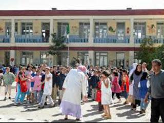 Ain Temouchent : 14500 cartables distribués aux élèves démunis