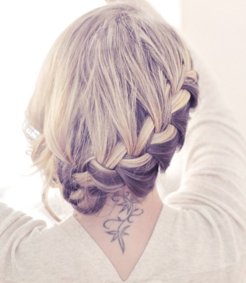 Trendy, creative and easy  updos for hair 2017 10